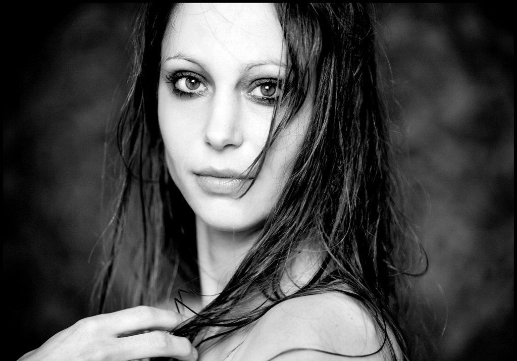 Claire Tefnin